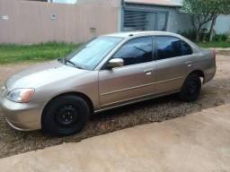 Honda Civic ano 2002, R$13.000,00.