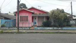 Vendo casa em rua pública