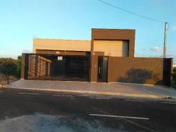 Alugo/Vendo / Troco casa nova c/piscina