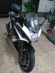 Vendo Yamaha Xj6 ano 2010 super inteira - 2010