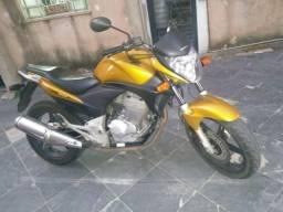 Moto cb 300 ano 2010 valor 6000 - 2010