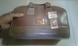 Bolsa em couro nova