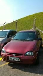 Corsa 1997 1.6 GL 8V Hatch 04 portas - 1997