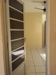 Apartamento 02 Quartos em Santa Cruz