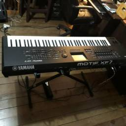 Yamaha motif xf7 (trocas)