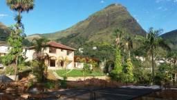 Casa em Condomínio Fechado- Retiro- Petrópolis -RJ