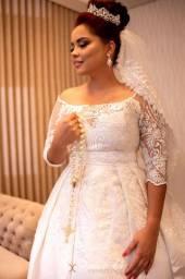 Maravilhoso vestido de noiva