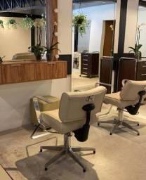 Cadeiras para Cabeleireiro na cor bege