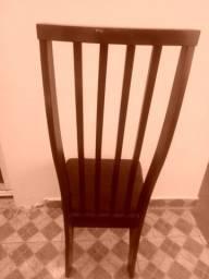 6 Cadeiras de madeira