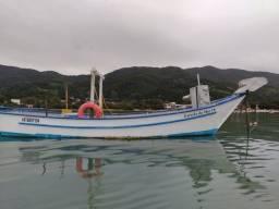 Título do anúncio: Barco de fibra, com guincho de proa