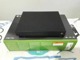Xbox one X Ultra HD(4k) 1TB +14 jogos