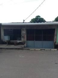 Vendo casa no bairro Chico Mendes *