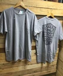 Camiseta apenas R$ 22,00 cada, à vista