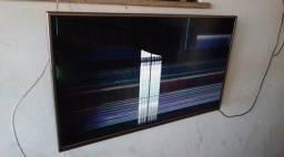 Título do anúncio: Vendo tv para retirada de peças R$200 preço negociável