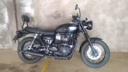 Triumph Bonneville T100 Black - 900cc - 19/19