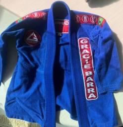 Vende Kimono Gracie Barra infantil azul M3