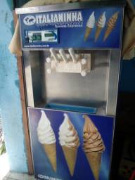 Máquina de sorvete Italianinha 110 + transformador 220 grátis