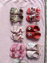 Calçados para bebê. Número 21/22