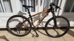 bike first DEORE 17.5 muito top