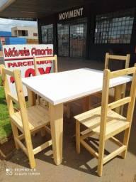 Mesa com 4 cadeiras, apenas R$ 299,99 a vista