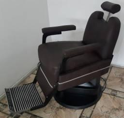 Título do anúncio: Cadeira de Barbeiro Ferrante.
