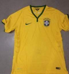 Camisa seleçao brasileira modelo 2014 tamanhos M e G