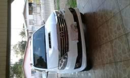 Toyota Hilux Veículo - 2014