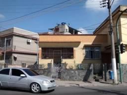BM 135 - Casa em Barra Mansa Centro sendo uma Principal e duas em Anexo