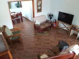 Sobrado com 3 dormitórios à venda, 270 m² por R$ 550.000,00 - Santana - Pindamonhangaba/SP