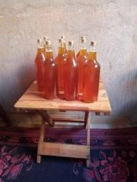 Vende se mel de abelha italiana