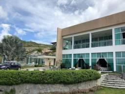 Vendo Casa luxuosa com 7 Stes , ofuro, Varandão, Porteira Fechada