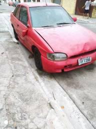 Vendo carro inteiro com motor bom. Zetec 1998