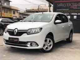 Renault Logan 1.6 Dynamic - 2015 Troco/Financio