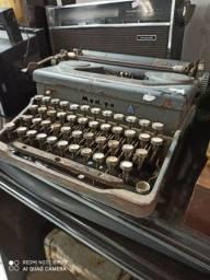 Máquina de escrever Everest Antiga antiguidade