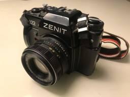 Máquina Fotográfica ZENIT 122