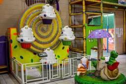 Roda Gigante Cupcake com 4 lugares, perfeito estado de conservação