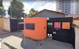 Casa Comercial para locação - Melo