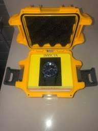Relógio Invicta Yakuza Azul e Preto