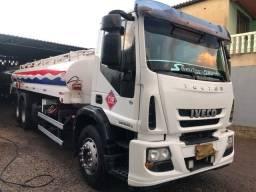 Caminhão iveco truck tanque