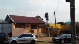 Casa 5 dormitórios entrada por 2 ruas Junto Planalto