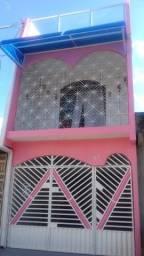 Casa de 3 pavimentos com 2 suítes e 1 vg - Marambaia - CA0012