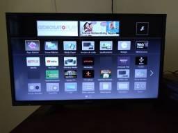 "Título do anúncio: TV Smart Led Lcd 32"" Panasonic TC-32ES600B"