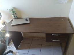 Título do anúncio: Escrivaninha Canela e Cadeira de escritorio