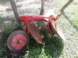 Arado em ótimo estado na cidade de Guararema SP