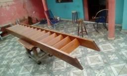 Escada em madeira ( Angelin)