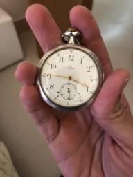Relógio Omega de bolso Caixa em prata