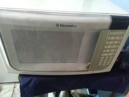 Vendo microondas Electrolux 28 litros