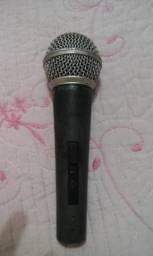 Microfone Shure SM 58 com fio