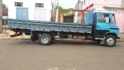 Caminhão 608 - 1982