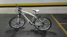 Bicicleta World aro 26 Nova
